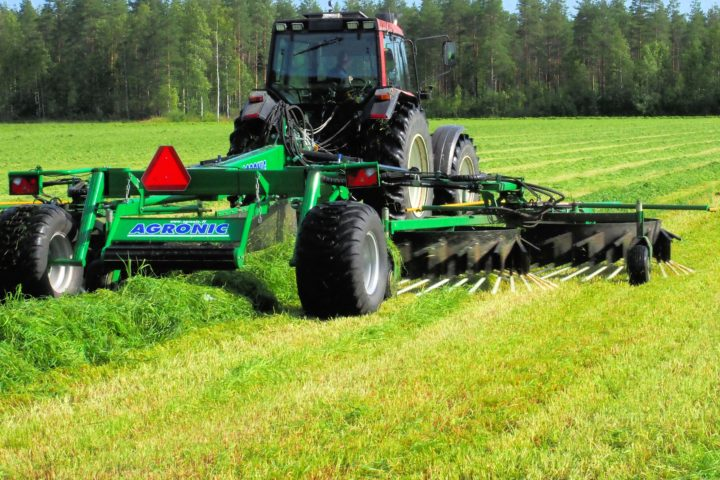 AGRONIC WRT900 SLEPERIVE